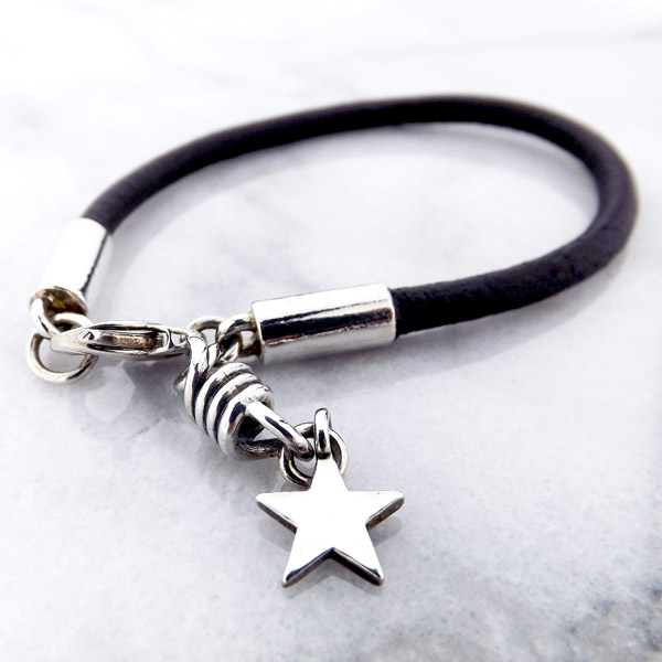 Bracelets under $500